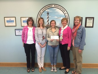 Food for Thought Support Cape Hatteras DECA Students in Collaborative Program
