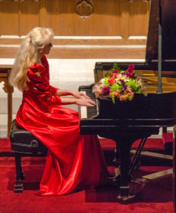 10-01-17 Concert Pianist to perform at Outer Banks Presbyterian Church
