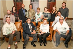 Currituck Chamber Recognizes the Floras' Volunteer Work